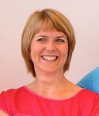 Dr. Nicole Falkensammer